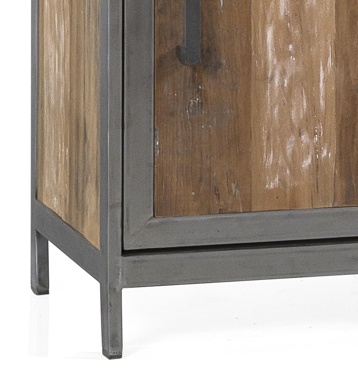 Bottom wine cabinet