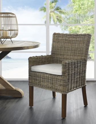 Kubu Arm Chair
