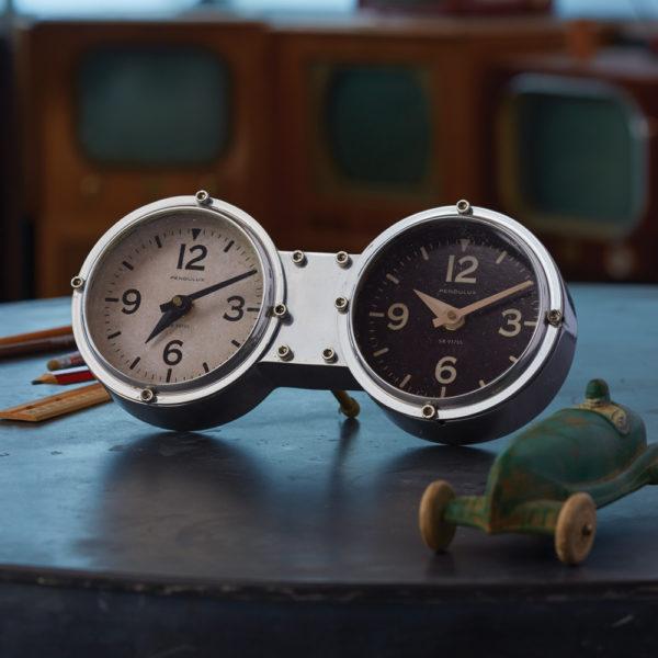 Dashboard Clock
